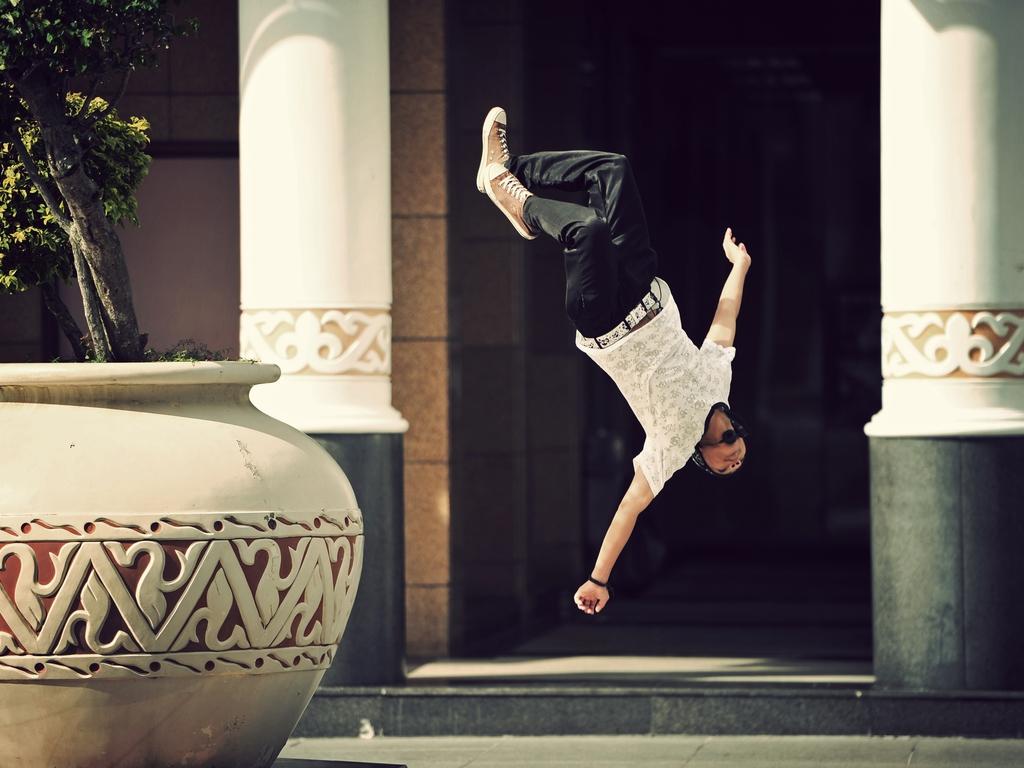 """""""Flip!"""" by HaniSham™."""
